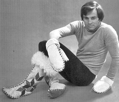 gay-man-gloves-boots-70s-bw